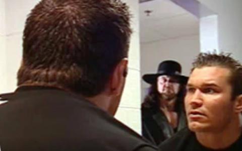WWE送葬者闪现WWE更衣室 年轻的兰迪奥顿落荒而逃