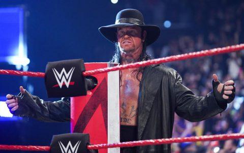 WWE2019 RAW第1350期,伊利亚斯召唤送葬者回归并大打出手