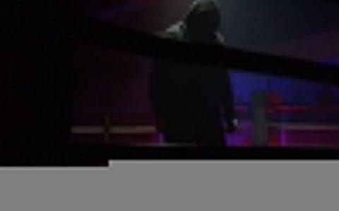 迪安布罗斯新名诞生,示意在WWE就像在监狱一样
