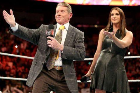 WWE首度承认AEW是强大对手恳求选手们别跳槽