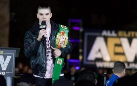摔角届的吴亦凡助力AEW誓言必定战胜WWE·NXT