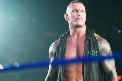 WWESD第1046期:拥抱女孩贝莉阳光不再,科菲惨遭复兴者围殴