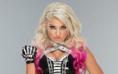 顶风作案?小魔女在WWE严打的背景下开创新的播客节目