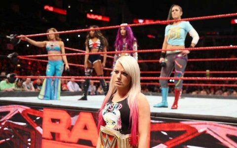 阿莱克萨布利斯和HHH签约,NXT将要转战美国电视台