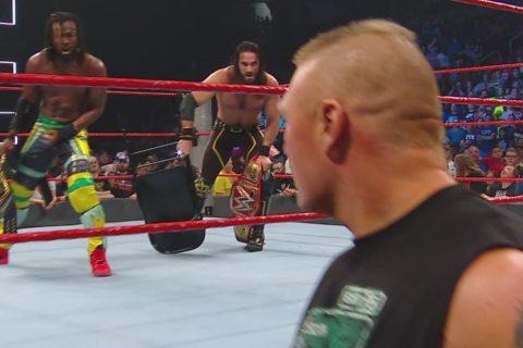 """三个原因告诉你""""布洛克莱斯纳""""为什么没有在超级对抗大赛获得WWE环球冠军"""