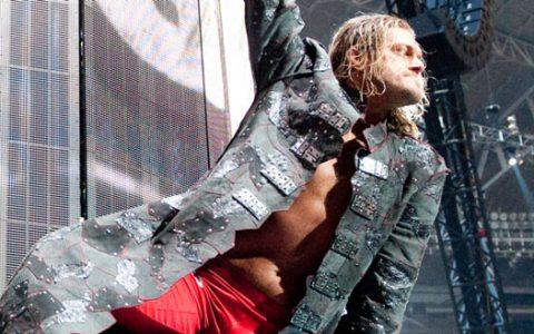 "WWE名人堂超级巨星艾吉最可能的回归时间""摔角狂热""!"