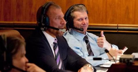 WWE蓝色品牌收视率稳步提升,罗曼和泰森是收视率增加的功臣!