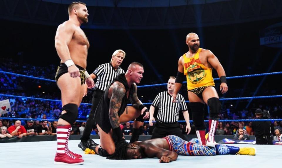 WWE合同陷阱,签约册的拥挤,使得许多明星想离开公司!