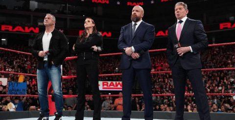 WWE麦克曼家族,史蒂芬妮麦克曼,肖恩麦克曼,文斯麦克曼,还有HHH