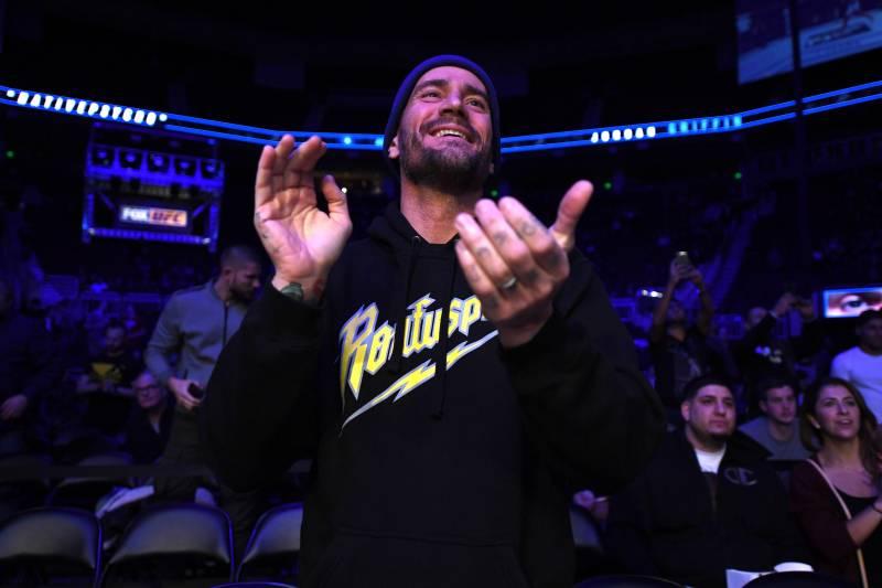 布克T谈论在CM朋克回归WWE后台后,重返擂台的可能!