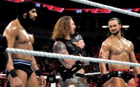 希神惨遭WWE开除,德鲁成WWE冠军,大肌霸此时回归为了什么?