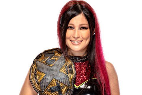 紫雷(NXT女子冠军)