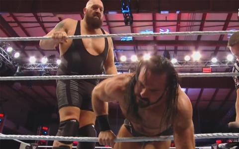 RAW第1402期:大秀哥挑战德鲁麦金泰尔《WWE冠军战》