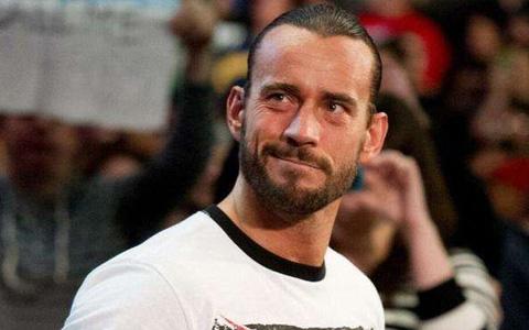 CM朋克称,没有观众还进行WWE摔角狂热大赛36非常愚蠢!