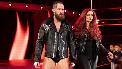 一把辛酸泪!前WWE巨星控诉公司不合理的运营制度