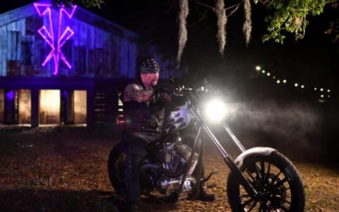 魔蝎斯汀宣布离开WWE后,送葬者也暗示正式退役!