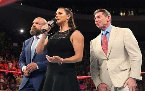 WWE大公主,斯蒂芬妮首谈公司对种族和肤色歧视的敏感话题!