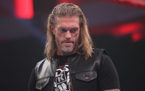 限制级巨星艾吉在WWE摔角狂热37上的对手不是兰迪奥顿,竟然是他?