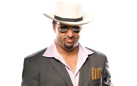 阿里曼多·亚利桑德罗·埃斯特拉达(Armando Estrada)