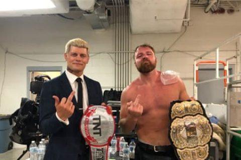 74岁的疯老头!AEW冠军莫克斯利痛斥WWE老板文斯麦克曼!