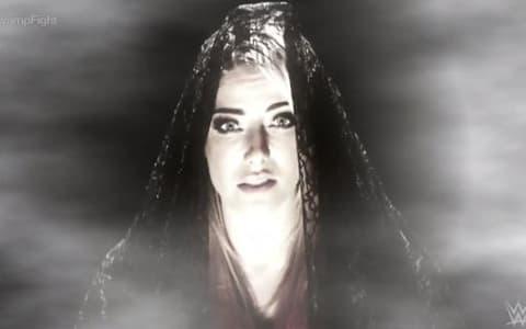 小魔女现身WWE RAW警告兰迪奥顿,邪神没有死,将再次回归