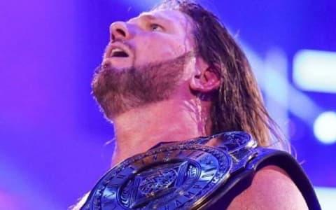 前WWE冠军-AJ斯泰尔斯确认退役时间,并透露身体状况!