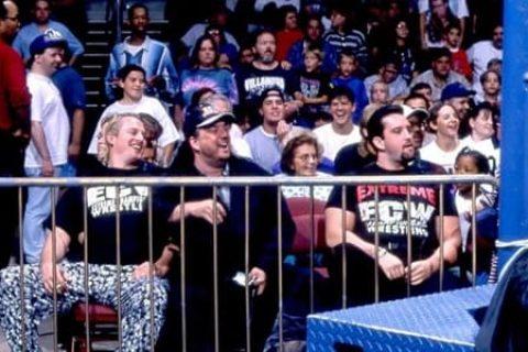 前WWE选手汤米·追梦儿的至暗时刻,被阻止的自杀性袭击