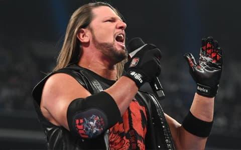WWE禁止超级巨星带货直播选手们哀声哉道,罪魁祸首是拉娜!
