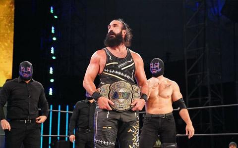 最眉慈目善的反派布罗迪李称,自豪曾能成为WWE怀亚特家族的成员
