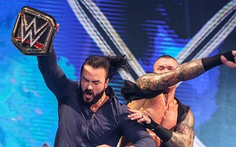WWE冠军德鲁颅骨骨折接受治疗!毒蛇的住院脚会不会再次被视为禁招?