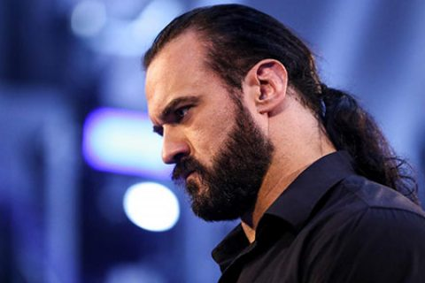 WWE冠军必不保?德鲁麦金泰尔将内忧外患,四面楚歌