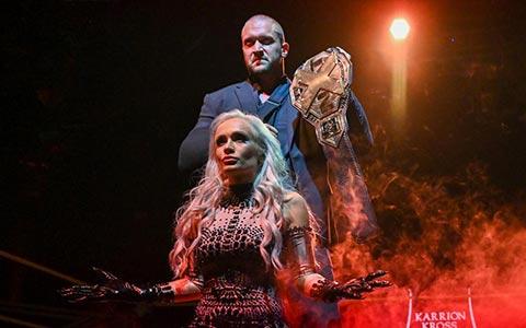 七天的冠军!卡里昂·克罗斯因伤势严重放弃NXT冠军,冠军头衔花落谁家?