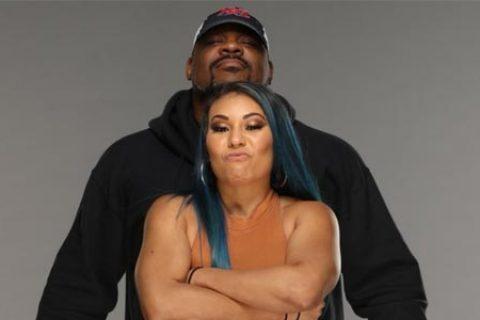 复仇军团正式亮相WWE!其成员身份曝光!