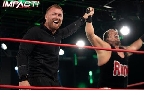 希神证实WWE四面楚歌,不止AEW,现在连TNA也在抢人!