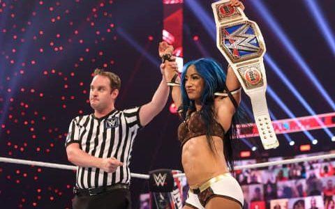 """莎夏·班克斯VS.奈亚·贾克斯,她会以""""双冠王""""身份进入WWE狂热大赛37吗?"""