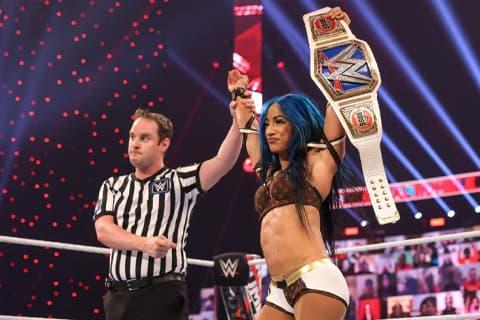 非裔女子单打赛将首次出现在WWE摔狂大赛中,莎夏·班克斯透露第一手消息